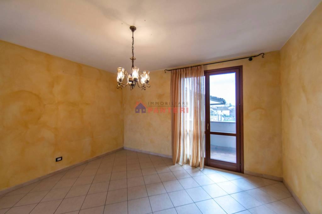 Appartamento in vendita a Uzzano, 3 locali, prezzo € 108.000   PortaleAgenzieImmobiliari.it