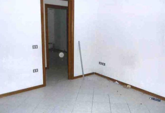 Appartamento in vendita a San Giorgio di Mantova, 4 locali, prezzo € 47.810 | CambioCasa.it