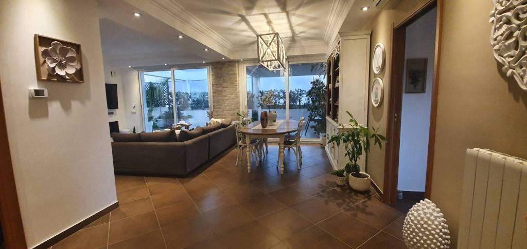Via Villa Rosina – Attico di 300mq con verande, foto 13