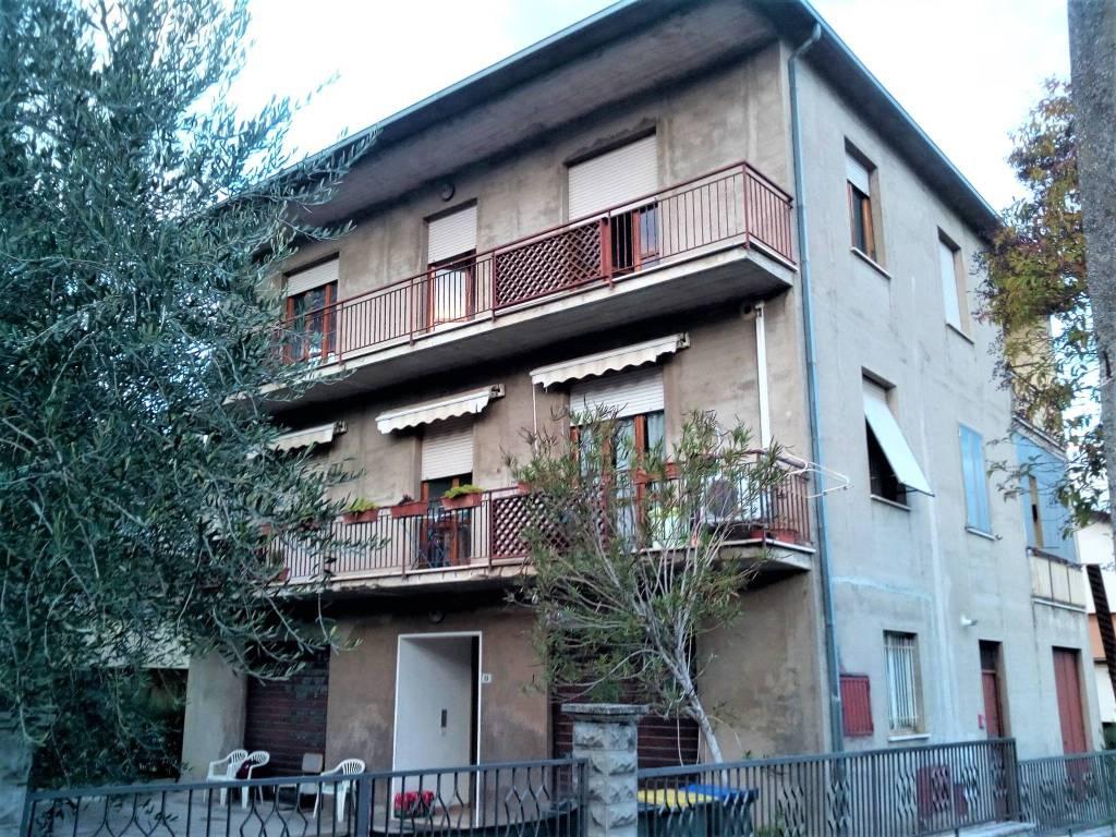 Appartamento in vendita a Bevagna, 5 locali, prezzo € 207.000   PortaleAgenzieImmobiliari.it