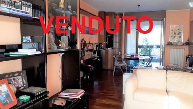 Appartamento in vendita a Buccinasco, 3 locali, prezzo € 325.000 | CambioCasa.it