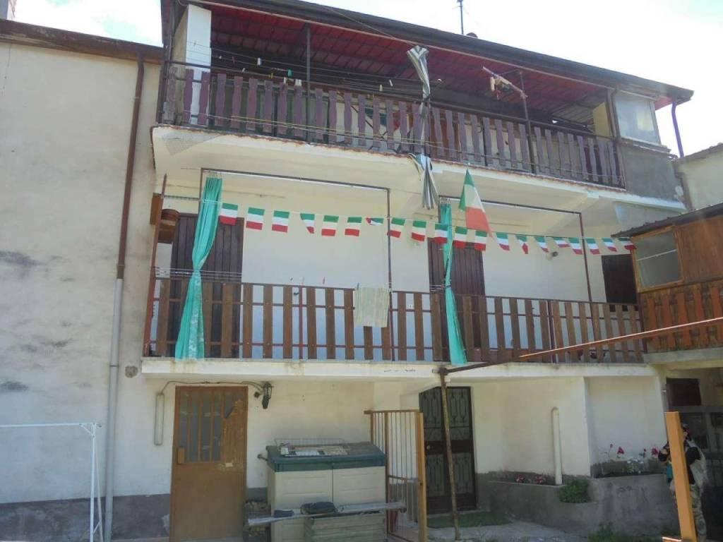 Appartamento in vendita a Gravere, 4 locali, prezzo € 55.000 | CambioCasa.it