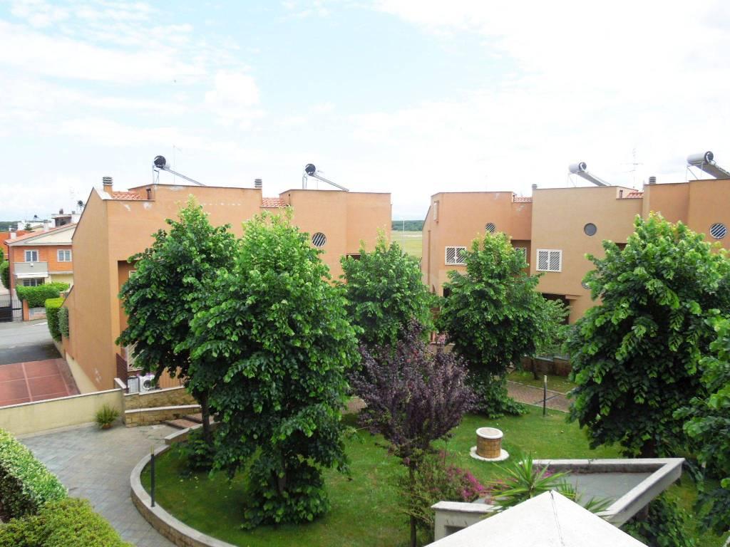 Appartamento in vendita a Roma, 3 locali, zona Zona: 38 . Acilia, Vitinia, Infernetto, Axa, Casal Palocco, Madonnetta, prezzo € 199.000 | CambioCasa.it