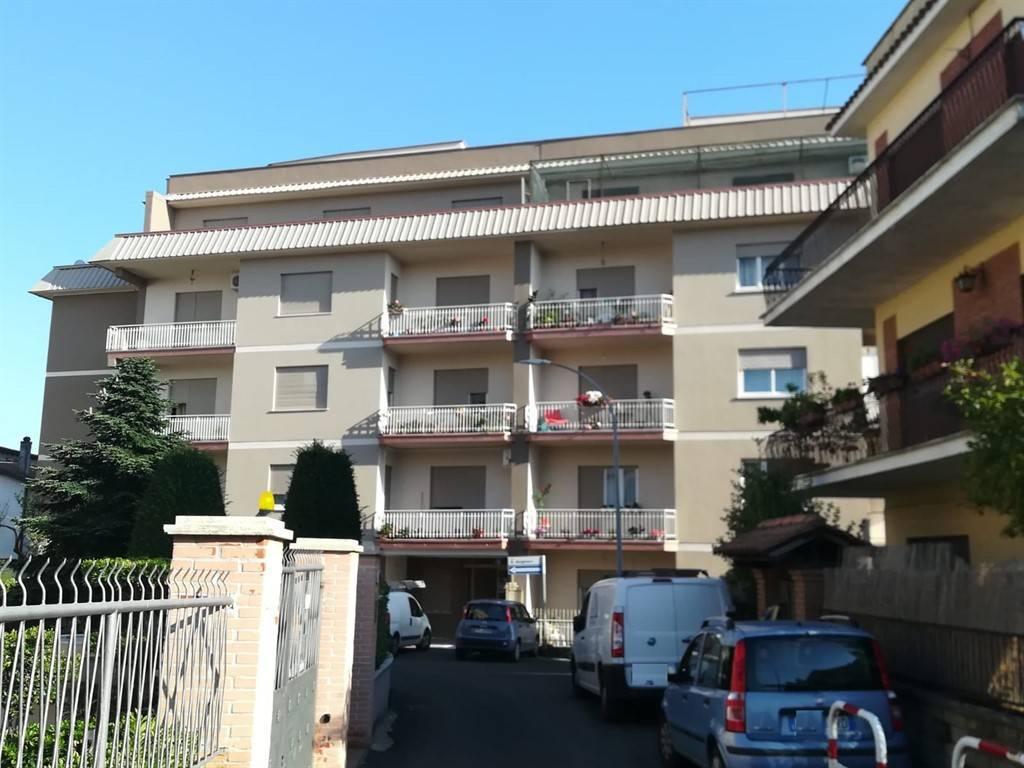 Appartamento in vendita a Cave, 5 locali, prezzo € 115.000   CambioCasa.it