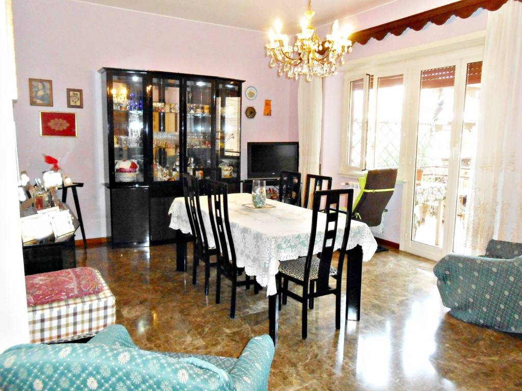 Appartamento in vendita a Roma, 4 locali, zona Zona: 8 . Tiburtina, Colli Aniene, Pietrasanta, San Basilio, prezzo € 335.000 | CambioCasa.it