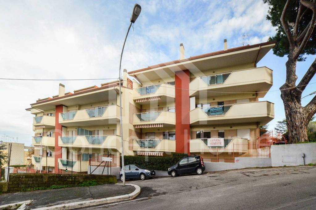 Attico / Mansarda in vendita a Marino, 4 locali, prezzo € 267.000 | CambioCasa.it
