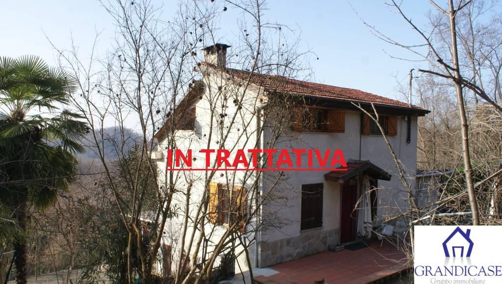 Foto 1 di Villa via Papa Giovanni XXIII, Lauriano