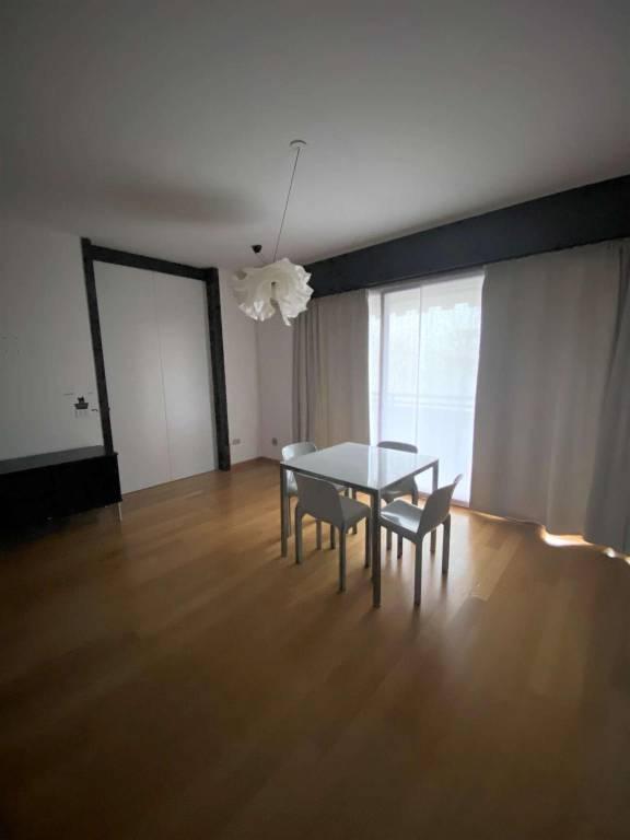 Appartamento in affitto a Basiglio, 2 locali, prezzo € 850 | CambioCasa.it
