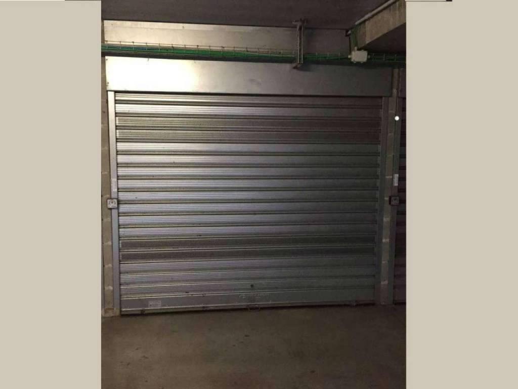 Box / Garage in vendita a Basiglio, 9999 locali, prezzo € 21.000 | CambioCasa.it