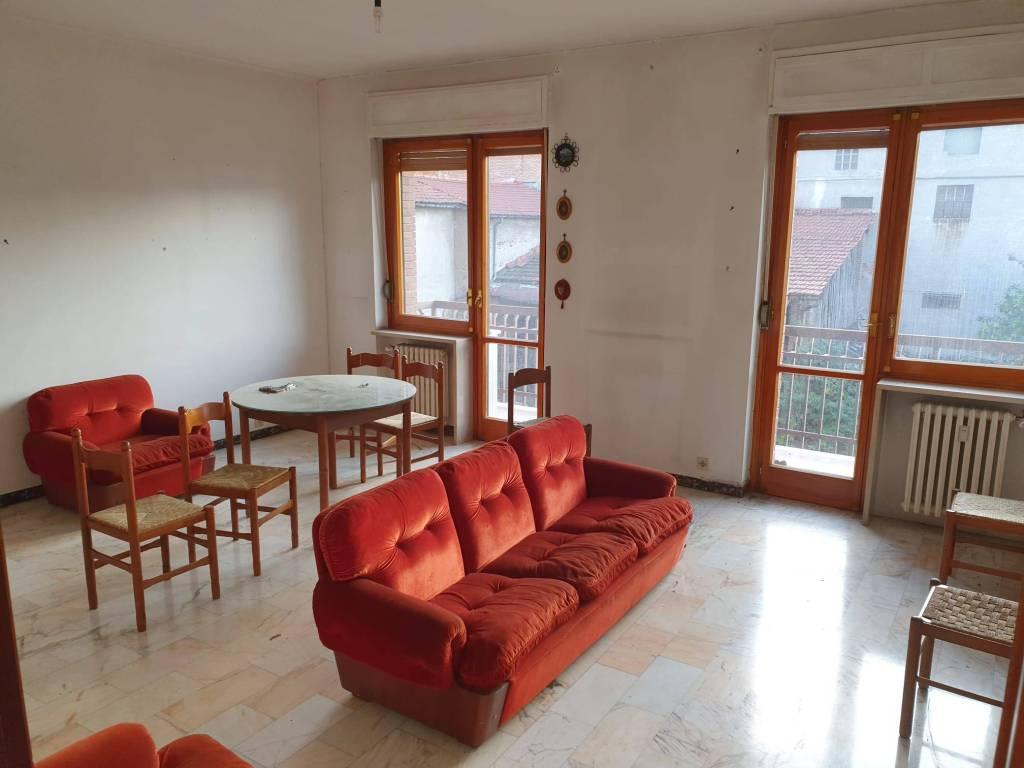 Appartamento in vendita a Borgo San Dalmazzo, 4 locali, prezzo € 110.000 | PortaleAgenzieImmobiliari.it