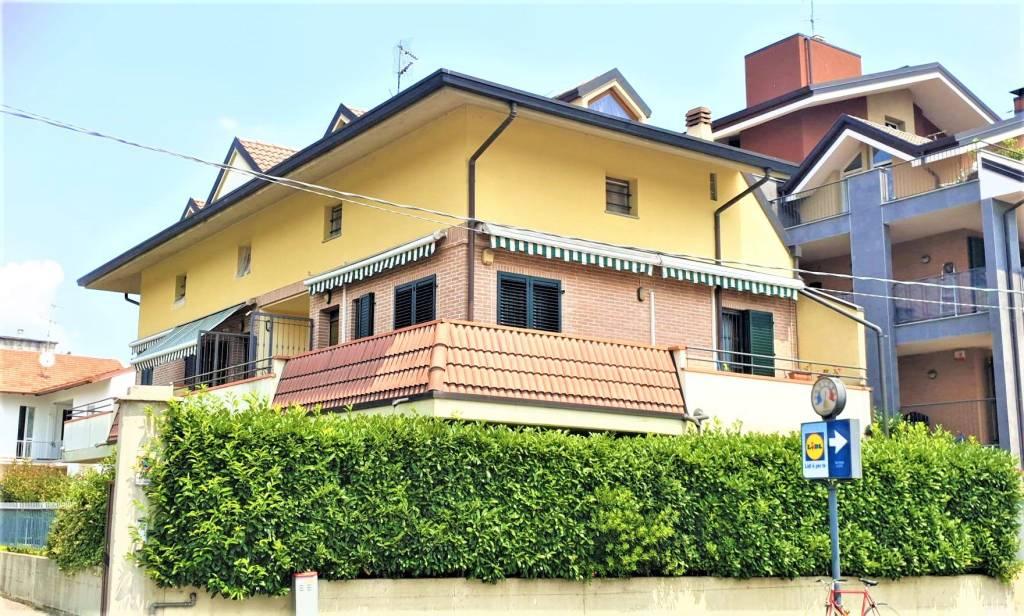Appartamento in vendita a Lissone, 1 locali, prezzo € 90.000   CambioCasa.it