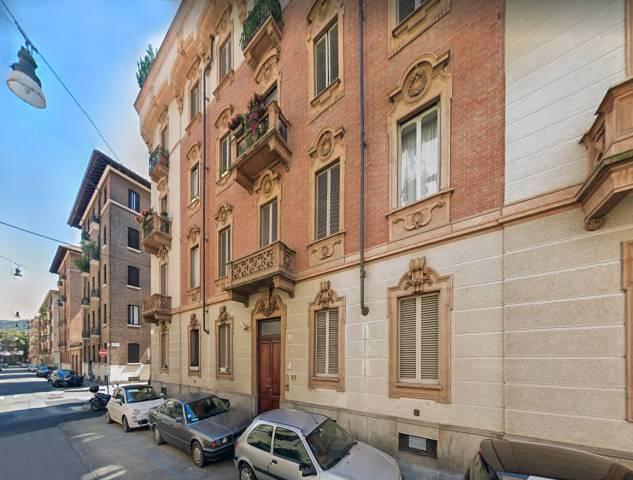 Attico in Affitto a Torino Semicentro: 2 locali, 65 mq