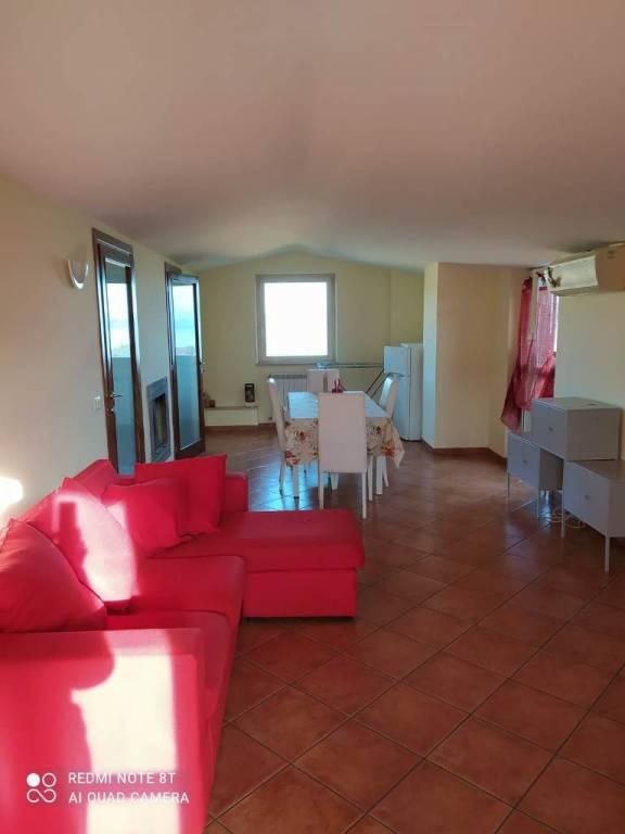 Appartamento in affitto a Bracciano, 3 locali, prezzo € 550 | CambioCasa.it
