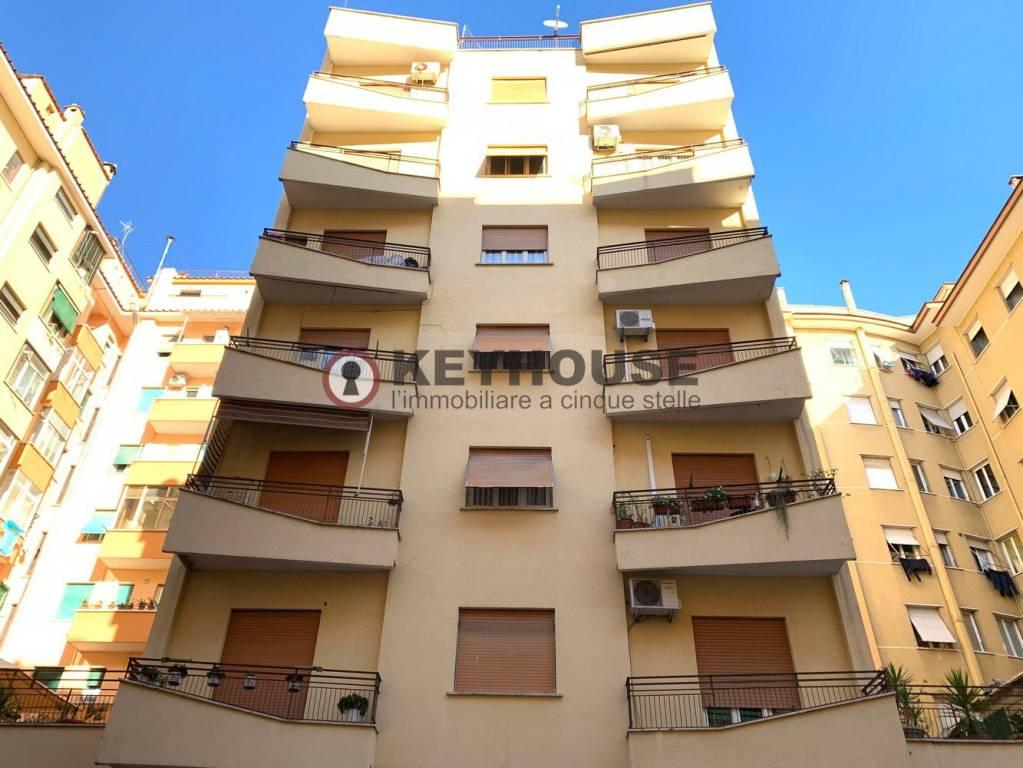 Appartamento in vendita a Roma, 3 locali, zona Zona: 10 . Pigneto, Largo Preneste, prezzo € 250.000   CambioCasa.it