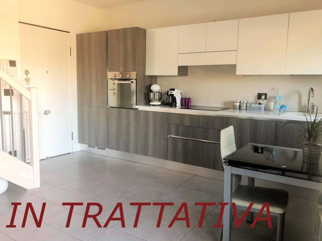 Foto 1 di Trilocale via Cristoforo Colombo, Caselle Torinese