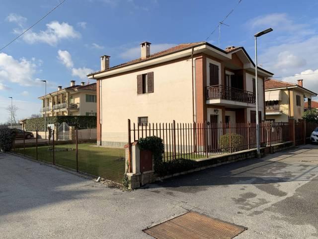 Villa in buone condizioni in vendita Rif. 4393915