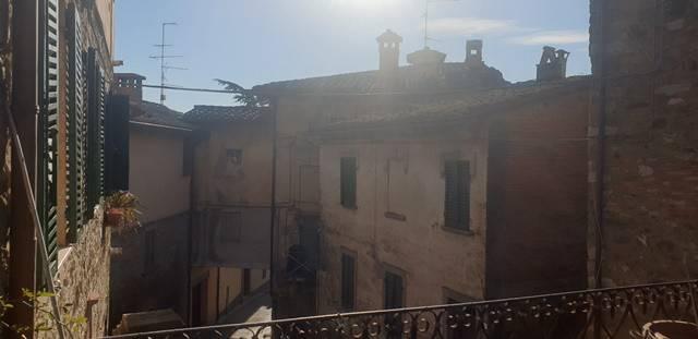 Appartamento in Vendita a Magione Centro: 3 locali, 75 mq