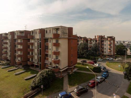 Appartamento in affitto a Pieve Emanuele, 3 locali, prezzo € 1.500 | CambioCasa.it
