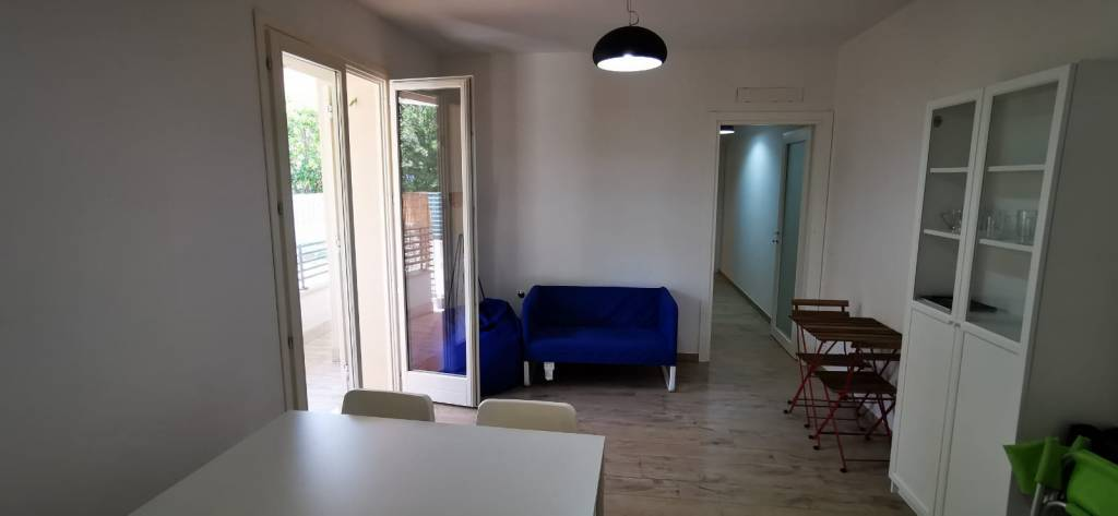 Appartamento al piano terra in palazzina fronte mare R07B