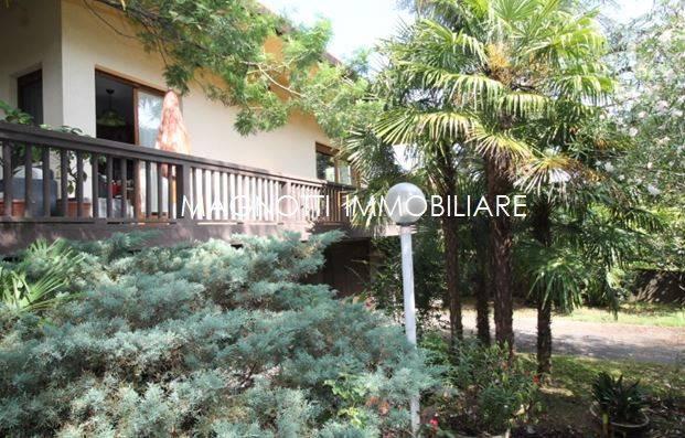 Villa in vendita a Campoformido, 6 locali, prezzo € 365.000   CambioCasa.it