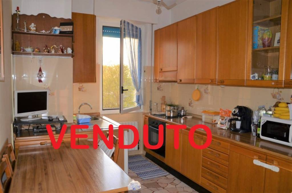 Appartamento in vendita a Vizzolo Predabissi, 2 locali, prezzo € 40.000 | CambioCasa.it