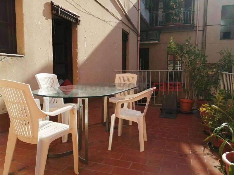 Appartamento in Vendita a Catania Centro: 5 locali, 230 mq